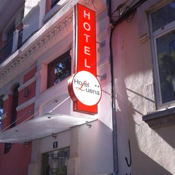 Letreiros Neolux - Hotel Luena