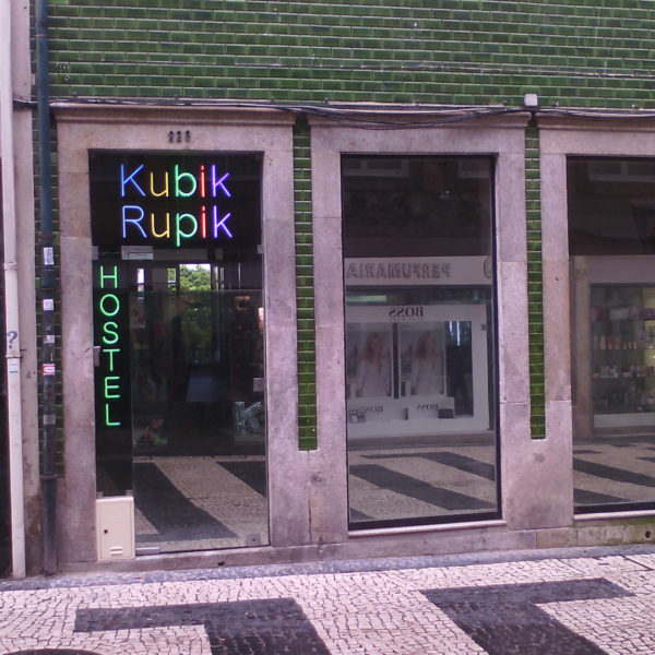 Néons Neolux - Kubik Rupik
